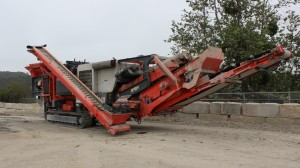 For a few years, a tracked R155 screener from McCloskey processed the materials the operation's QE440 scalping screen currently does. Now, Chandler's Sand & Gravel uses the R155 primarily to screen sand.