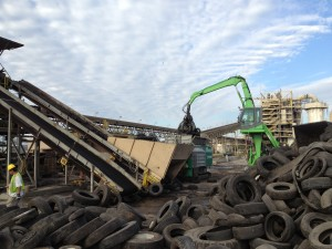 A steady stream of material keeps Standing Rock's Terminator 6000S shredder processing seven days per week in Florida.