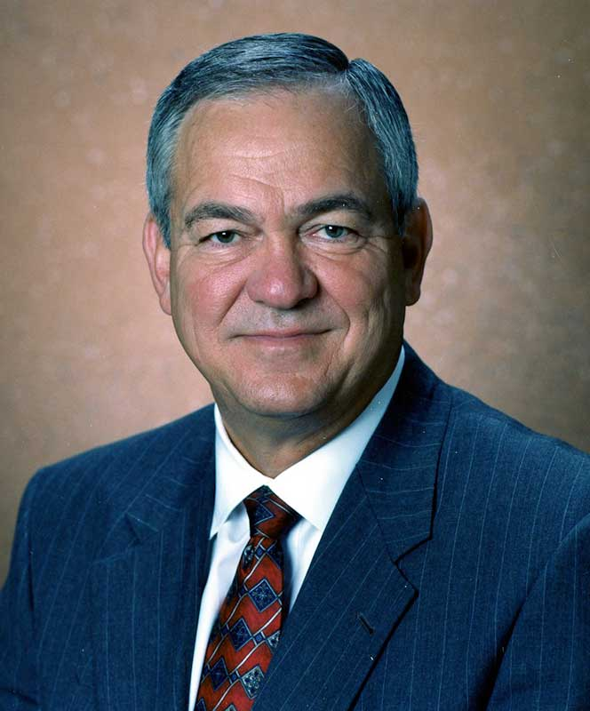 Former Caterpillar chairman, CEO dies