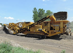 Screen Machine Industries 4043TR Recirculating Impact Crusher